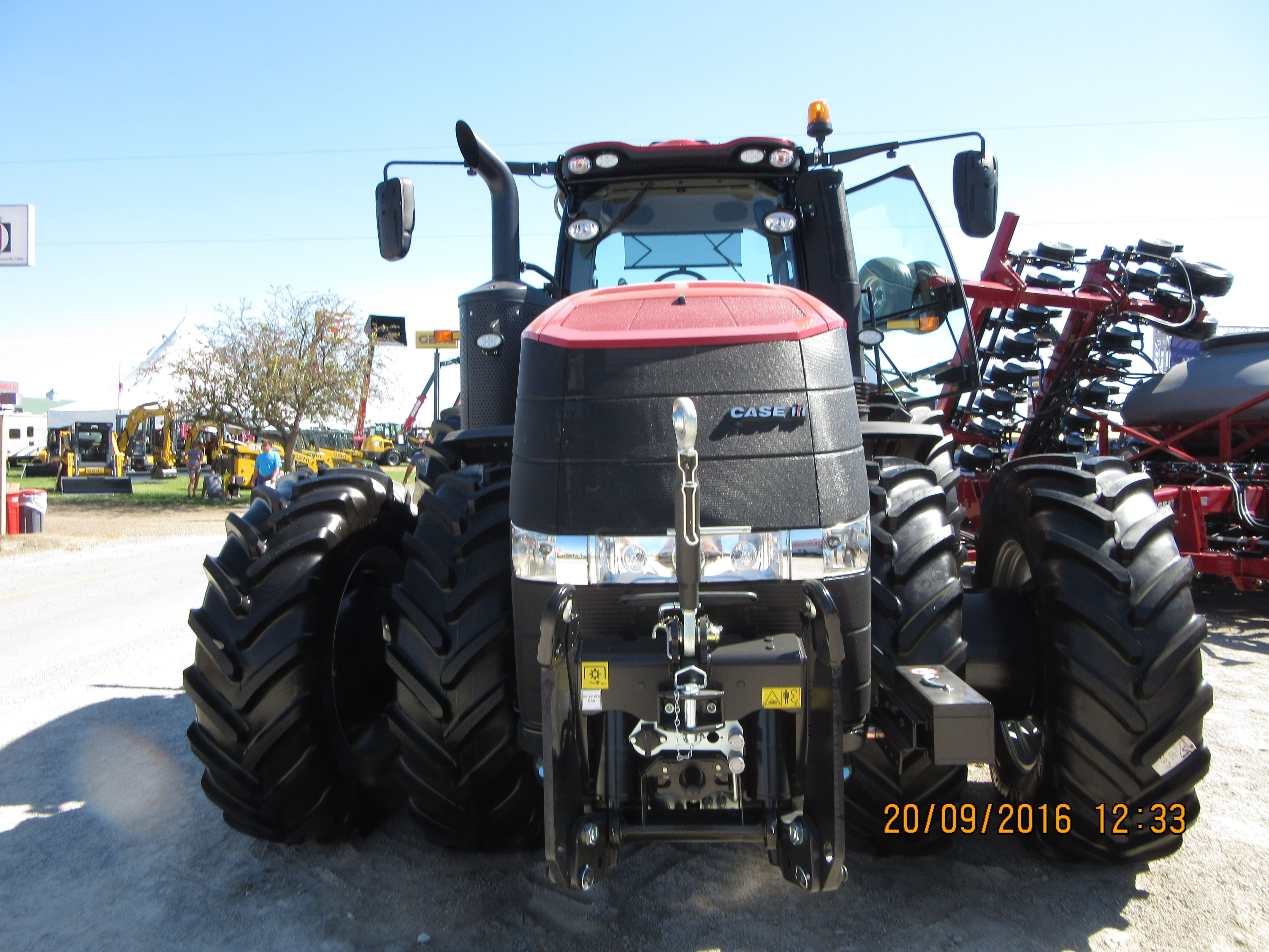 Front of CaseIH Magnum 310 CVT with 3 point hitch