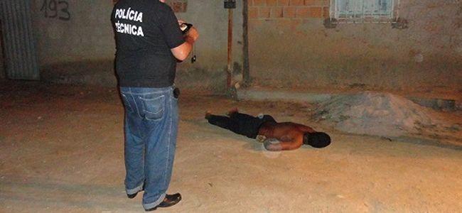 Jovem é executado com 03 tiros