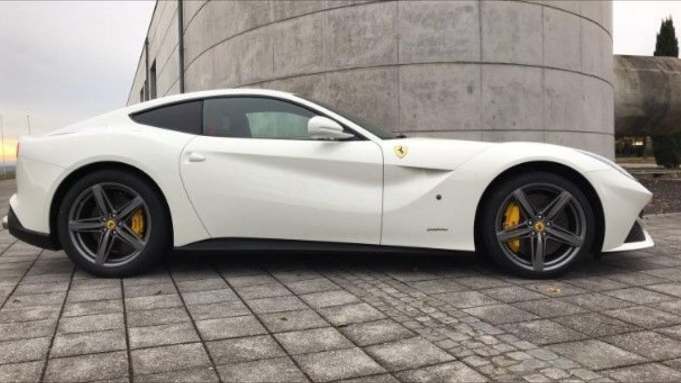 Pin By Philipp Luciano On Italiansupercars For Sale Pinterest Ferrari California Fuse Box