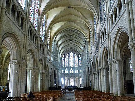 Noyon Cathedral The Nave 1145 Choir 1230 Present Vaulting 1293 First Pointed Arches In Northern Europe