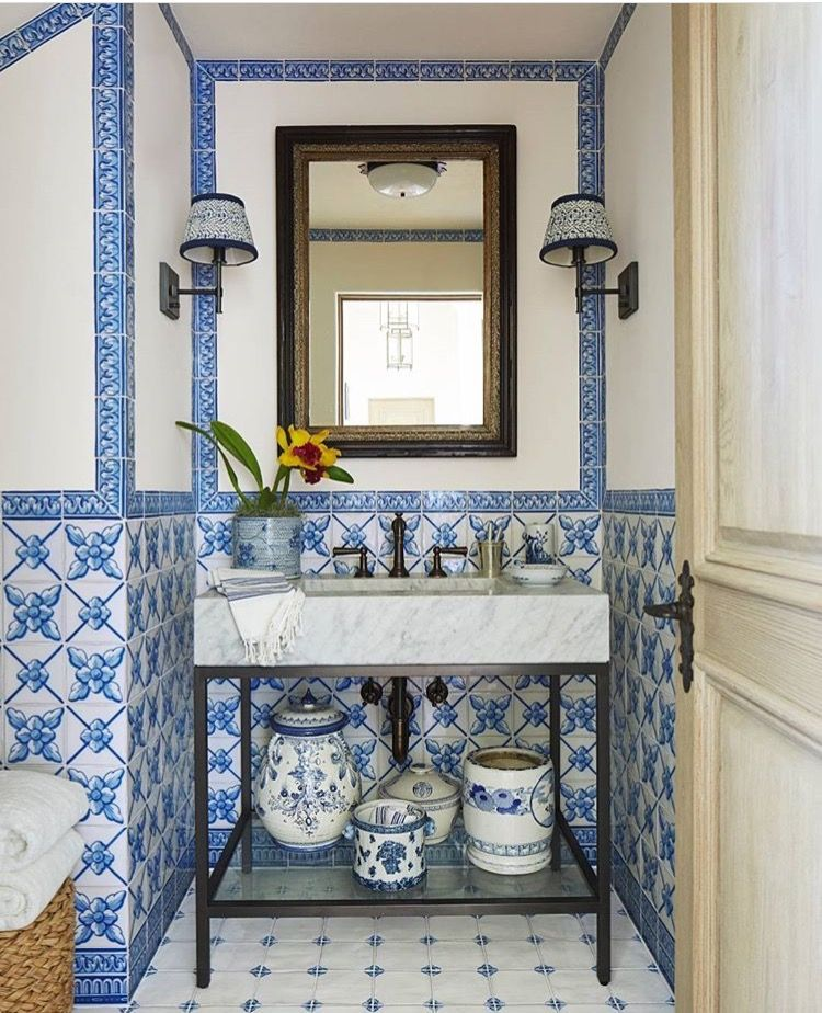 mark d sikes interiors all about blue and white white bathroom rh pinterest com au