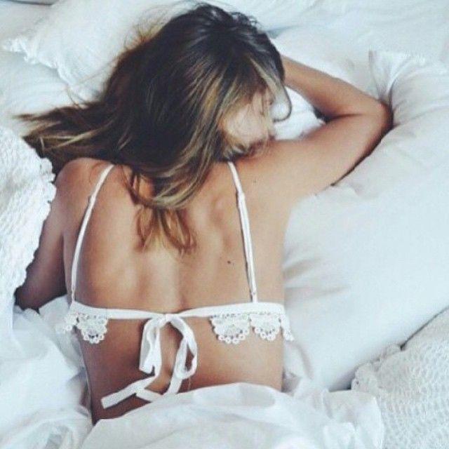White bra // @MissBethKatie ♡