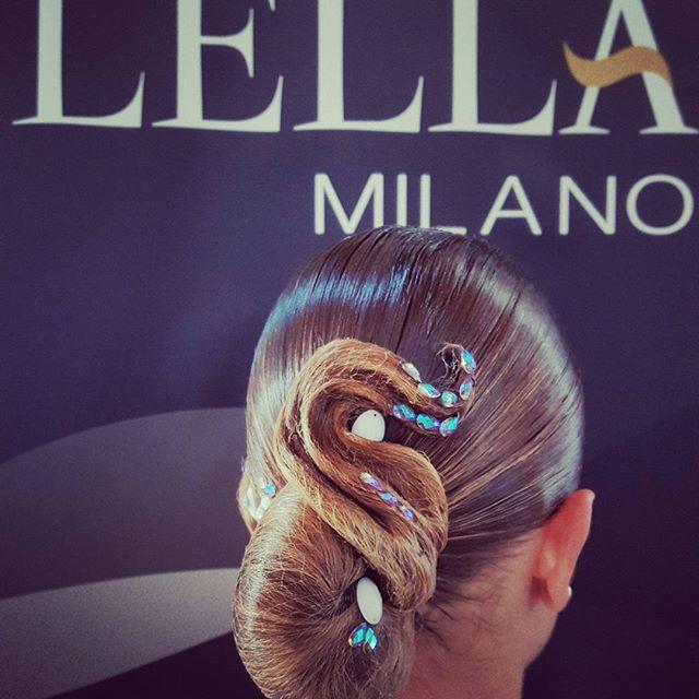 #hairstyle #dancers #lellamilano #hairdo #makeup #thedifference