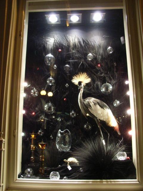 be careful Felix for the crystal vase, pinned by Ton van der Veer