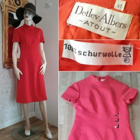 Vintage röd klänning i ull snäv modell fina detaljer Detlev Albers 60-tal b677a62081169
