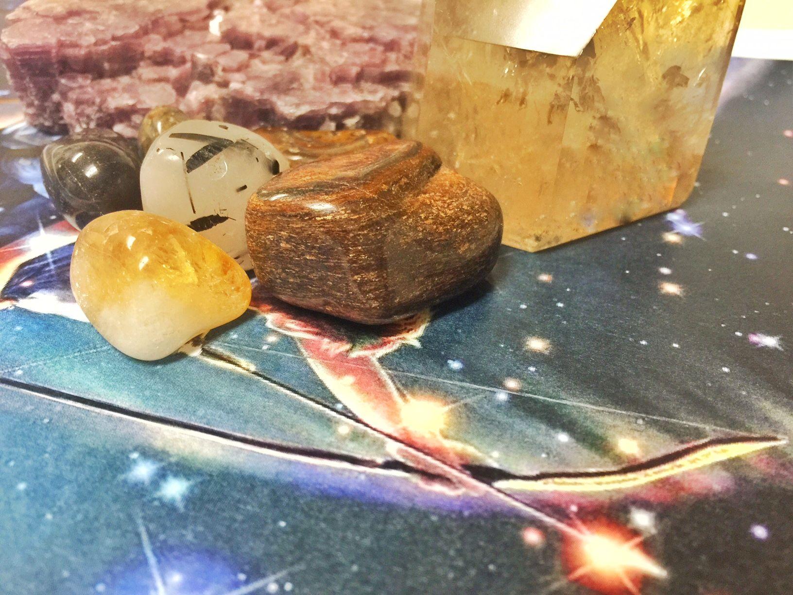 The sagittarius stone is bronzite. Using sagittarius stones enhances your traits. Discover all birthstones for sagittarius and sagittarius healing crystals!