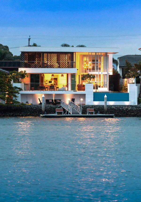 Elegant Australian House Design With Best Privacy Ideas Stunning Lake View Promenade Residence In Australia At Night