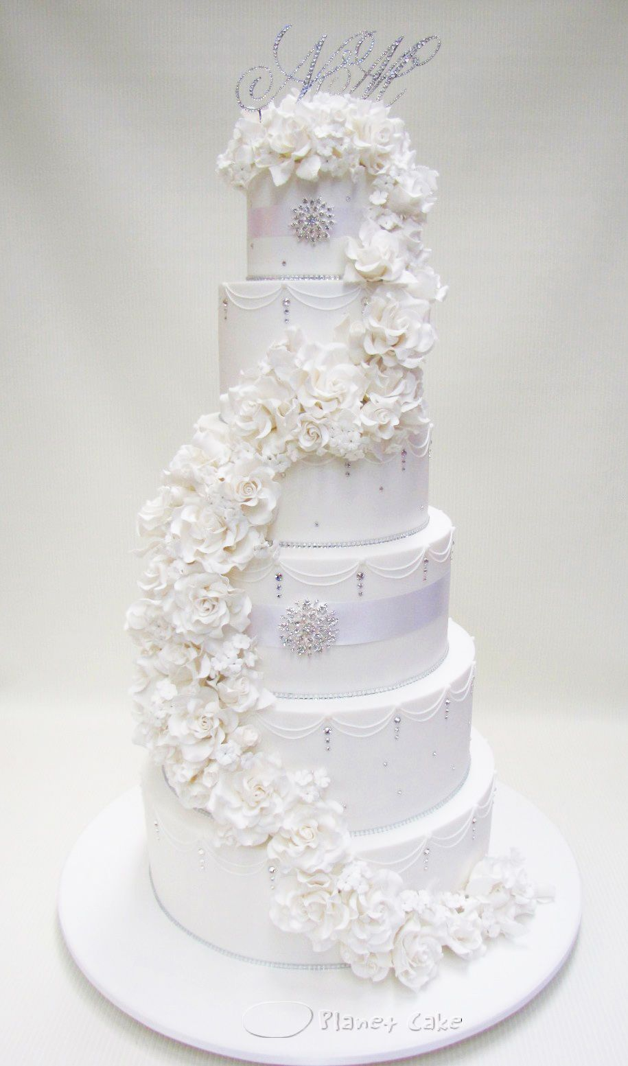 6T Monogrammed White Rose Cascade. Planet Cake. | Dream Cakes ...