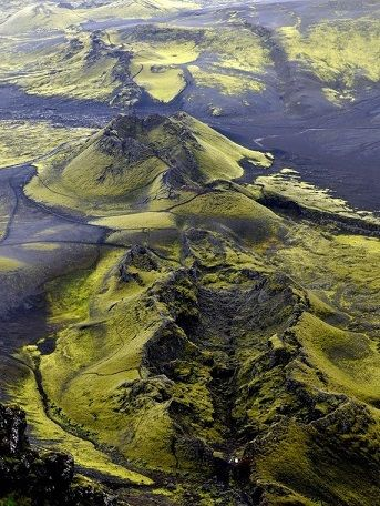 Craters of Laki - Volcanic fissure situated in the south of Iceland