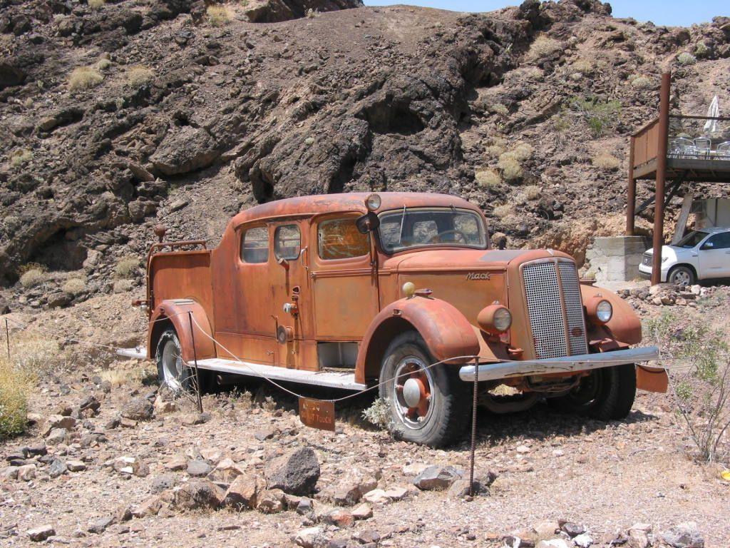 Exploring Arizona- abandoned, wrecked cars & trucks, old hiways, etc ...