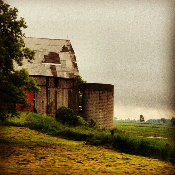 Abandoned Barn, Ontario, Canada, Photo By Melbinles