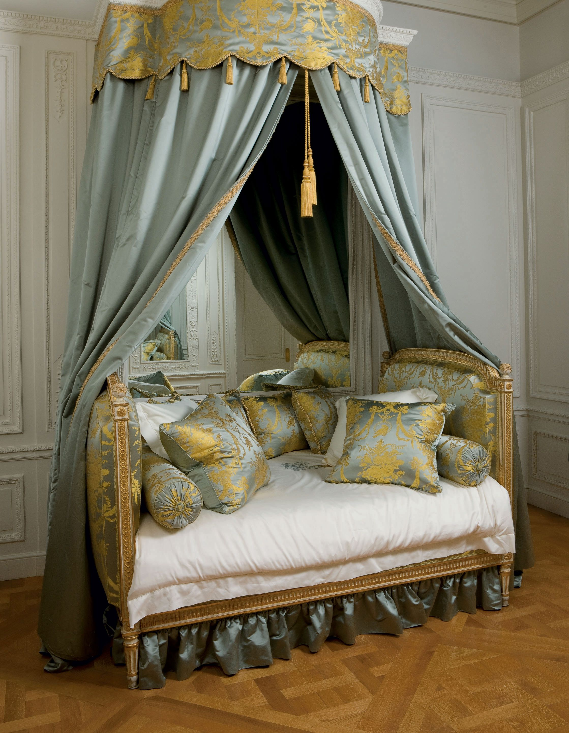 c1775 A LOUIS XVI GREY AND WHITEPAINTED AND PARCELGILT