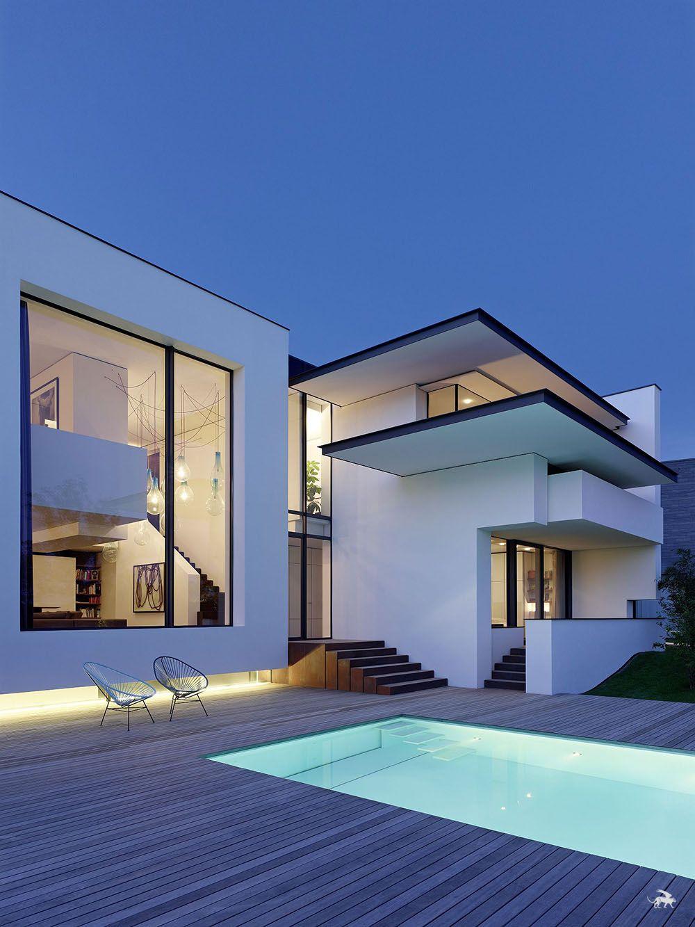 Panoramic views privacy and art over stuttgart the vista for Architettura moderna case