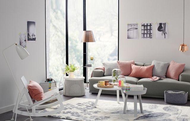 Wohnzimmer Ideen Rosa Pastellfarbe Grau Sofa
