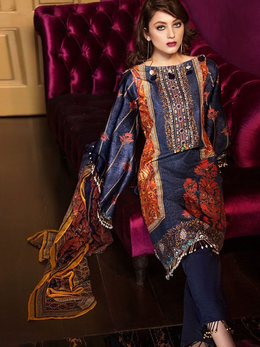 9942e6d631 Gul Ahmed Lamis Digital Silk Collection   Pakistani suits in 2019 ...