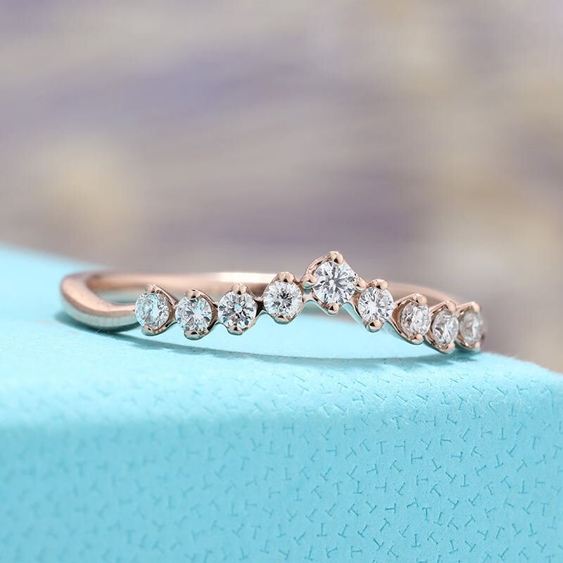 24++ Rose gold curved diamond wedding band ideas in 2021
