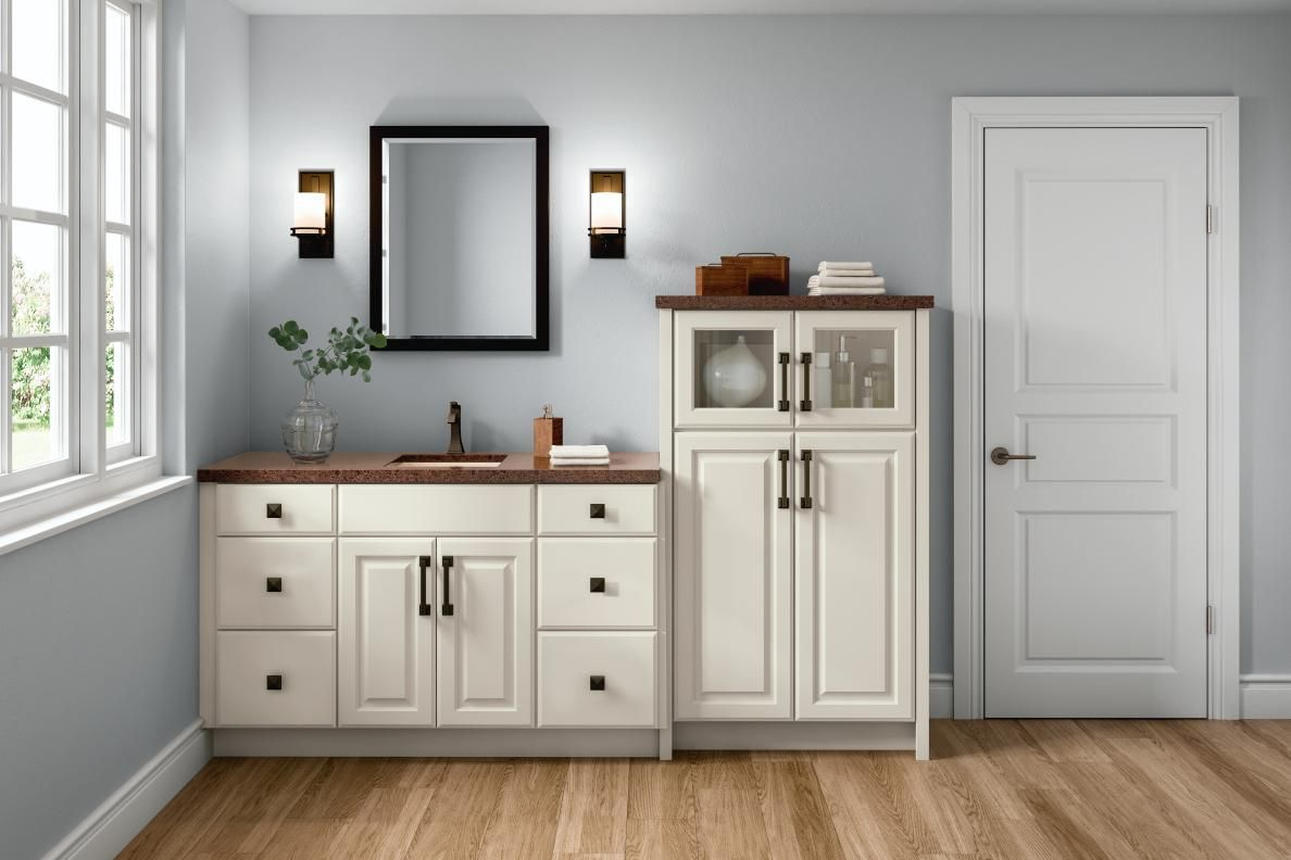 Diamond Prelude Birkdale Maple Coconut Begin Your Remodel Today At Diamondatlowes Com Installing Cabinets Cabinet Design Cabinet