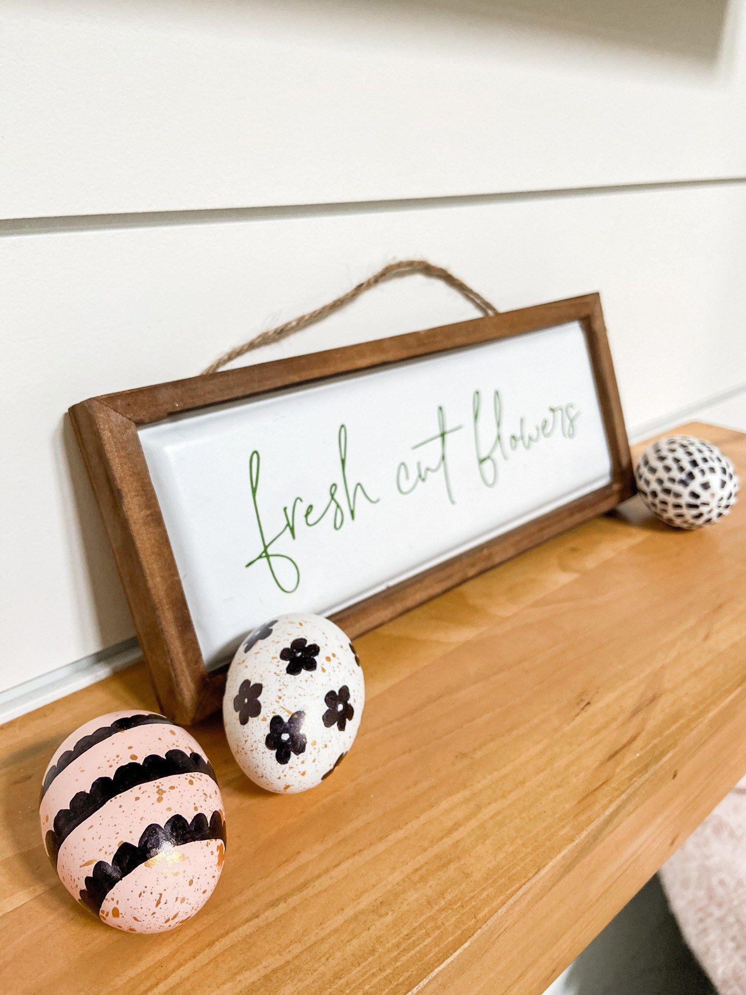 Photo of Farmhouse Spring Sharpie Egg Wreath Decorating