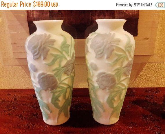Pair Phoenix Consolidated Glass Vase Chrysanthemum Flower Purplish