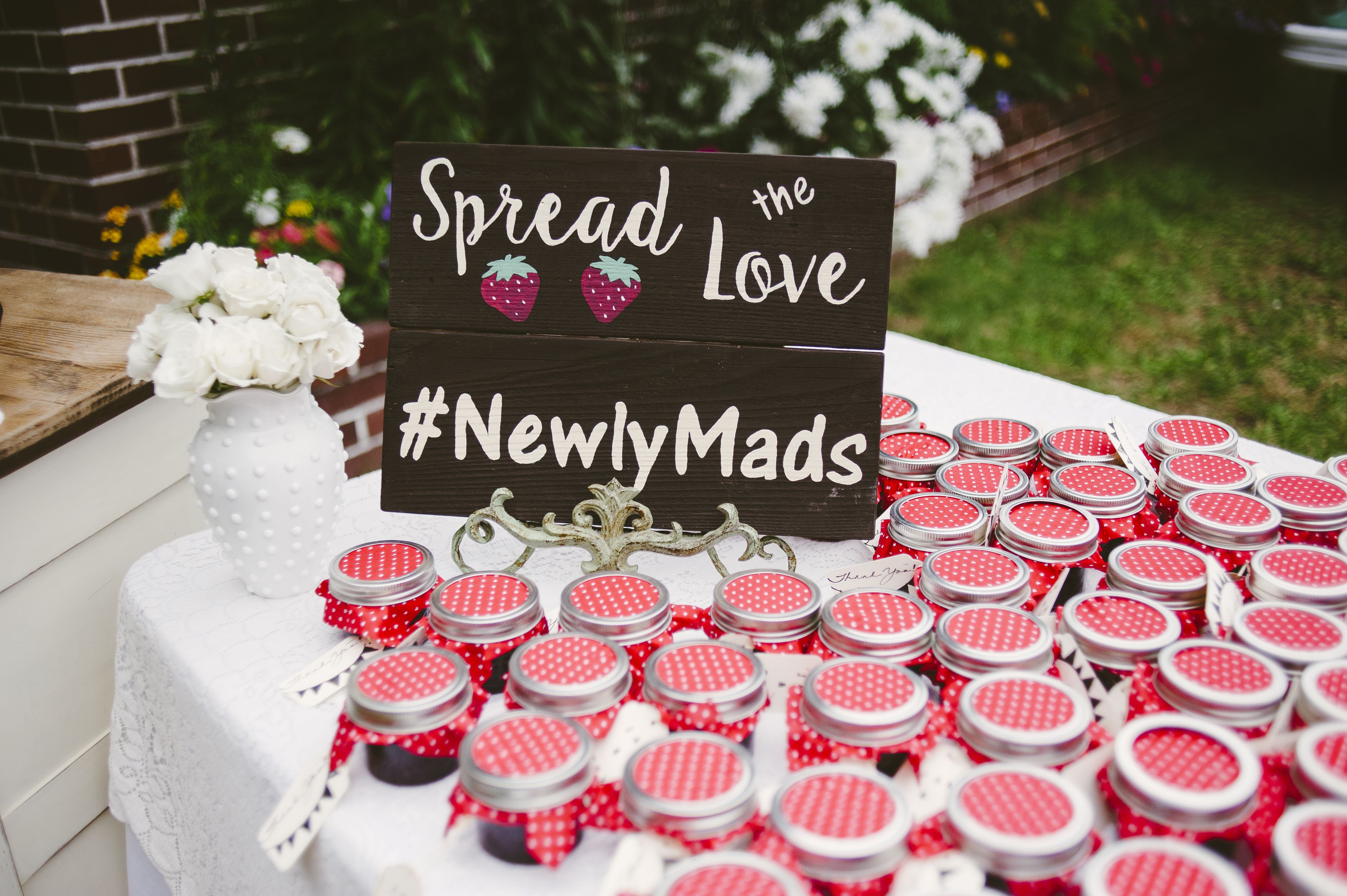 Pacific Northwest Woodsy Beach Wedding. - Wedding Favors. Jam Favors. Spread the Love.