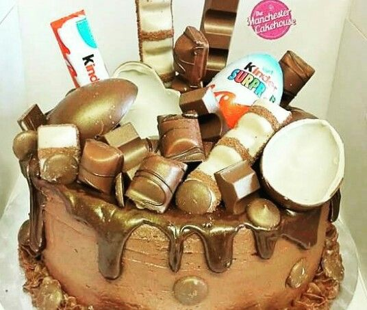 Kinder Egg Kinder Bueno Chocolate Chocolate Chocolate drip ...