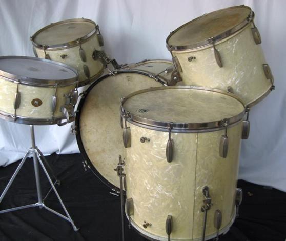 vintage slingerland kit vintage drums in 2019 percussion drum kits snare drum. Black Bedroom Furniture Sets. Home Design Ideas