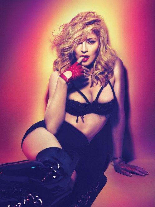 Aos 56, Madonna é um fenômeno cultural, um verdadeiro símbolo de moda, identidade e atitude. E continuará sendo por muito tempo. Vida longa!