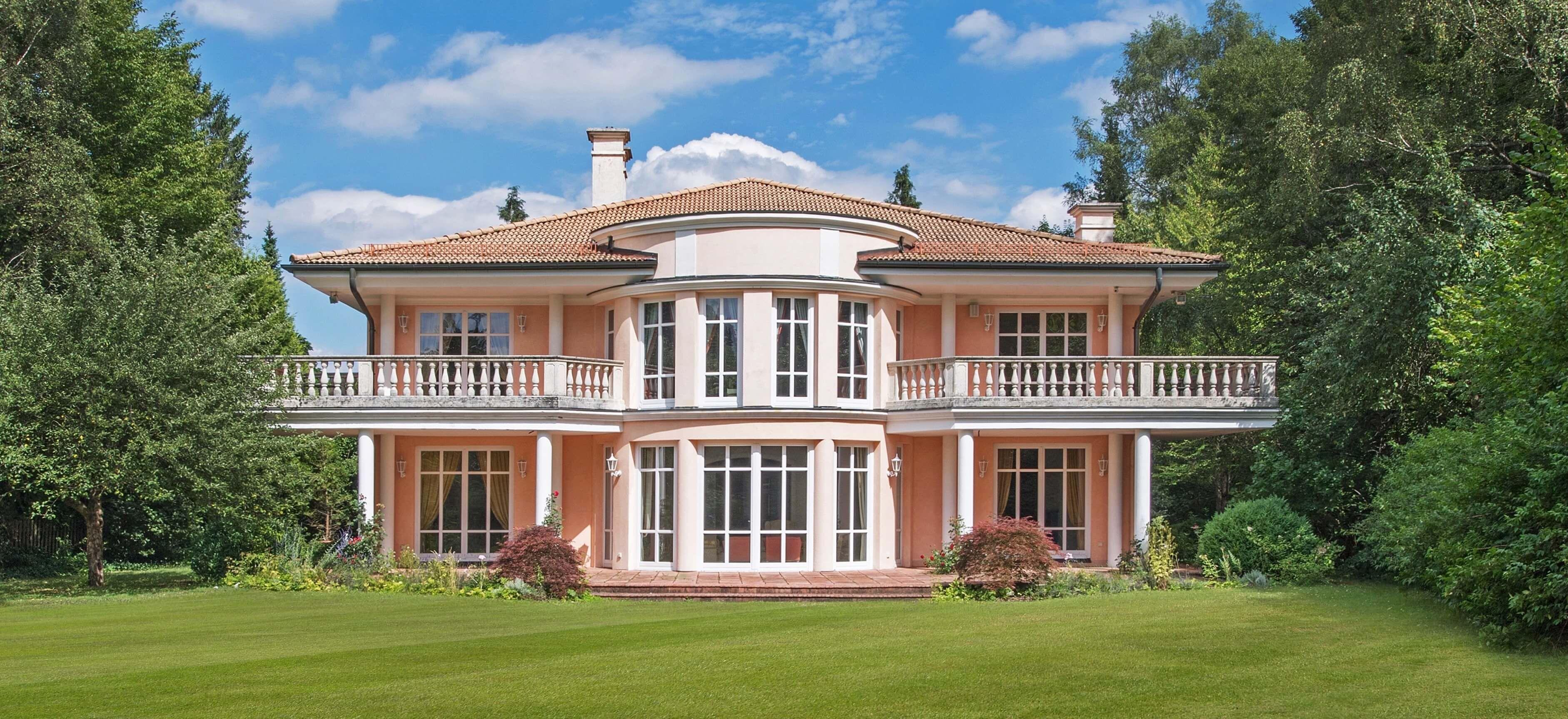 Get details of Classic Elegance in Grünwald, Germany