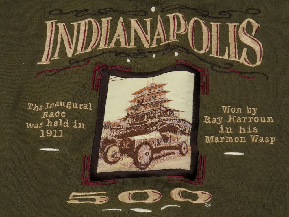 Midwest Embroidery Indianapolis 500 First Race 1911 Sweatshirt Large
