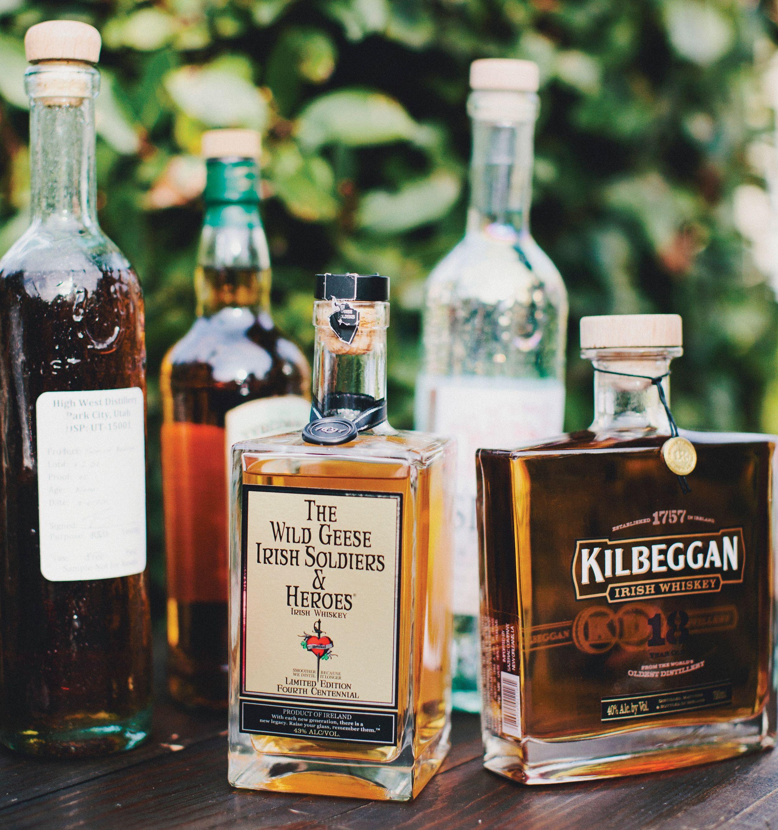 How to Stock the Bar at Your Wedding Diy wedding bar