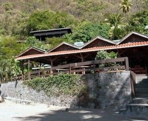 The Still Beach House In Soufriere St Lucia Is The Perfect Getaway For The Independent Traveller Who Is Looking For A Creol St Lucia Beach House Beach Resorts