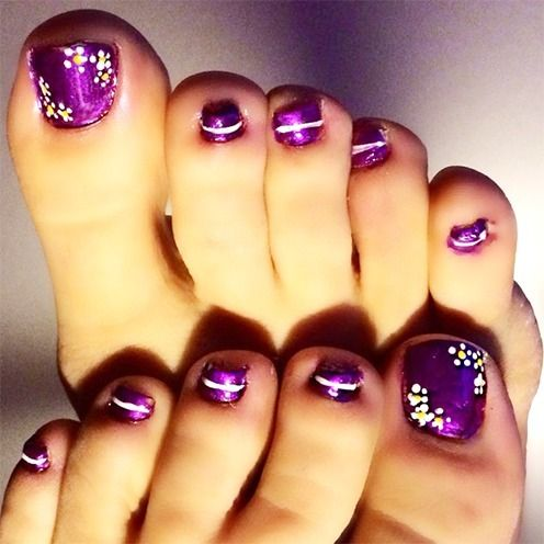 35 easy toe nail designs that are totally worth your time purple 35 easy toe nail designs that are totally worth your time prinsesfo Image collections
