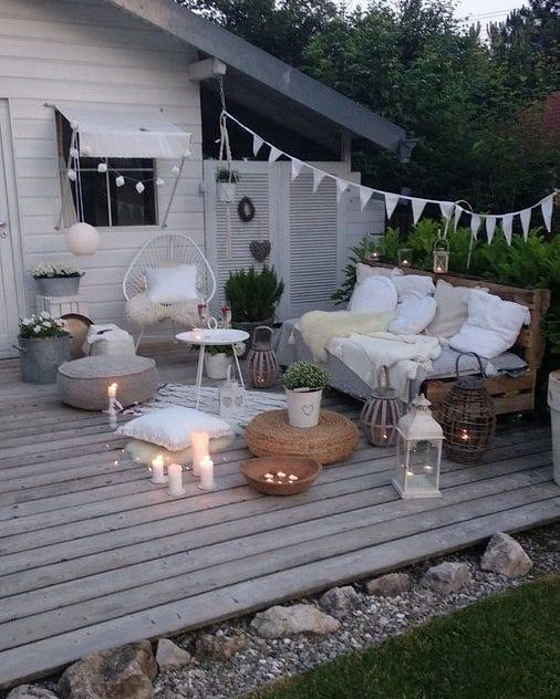 The perfect program for the Friday evening: Candles on Prosecco on and outside   # Evening #on #the #den # outside #gartenlandschaftsbau