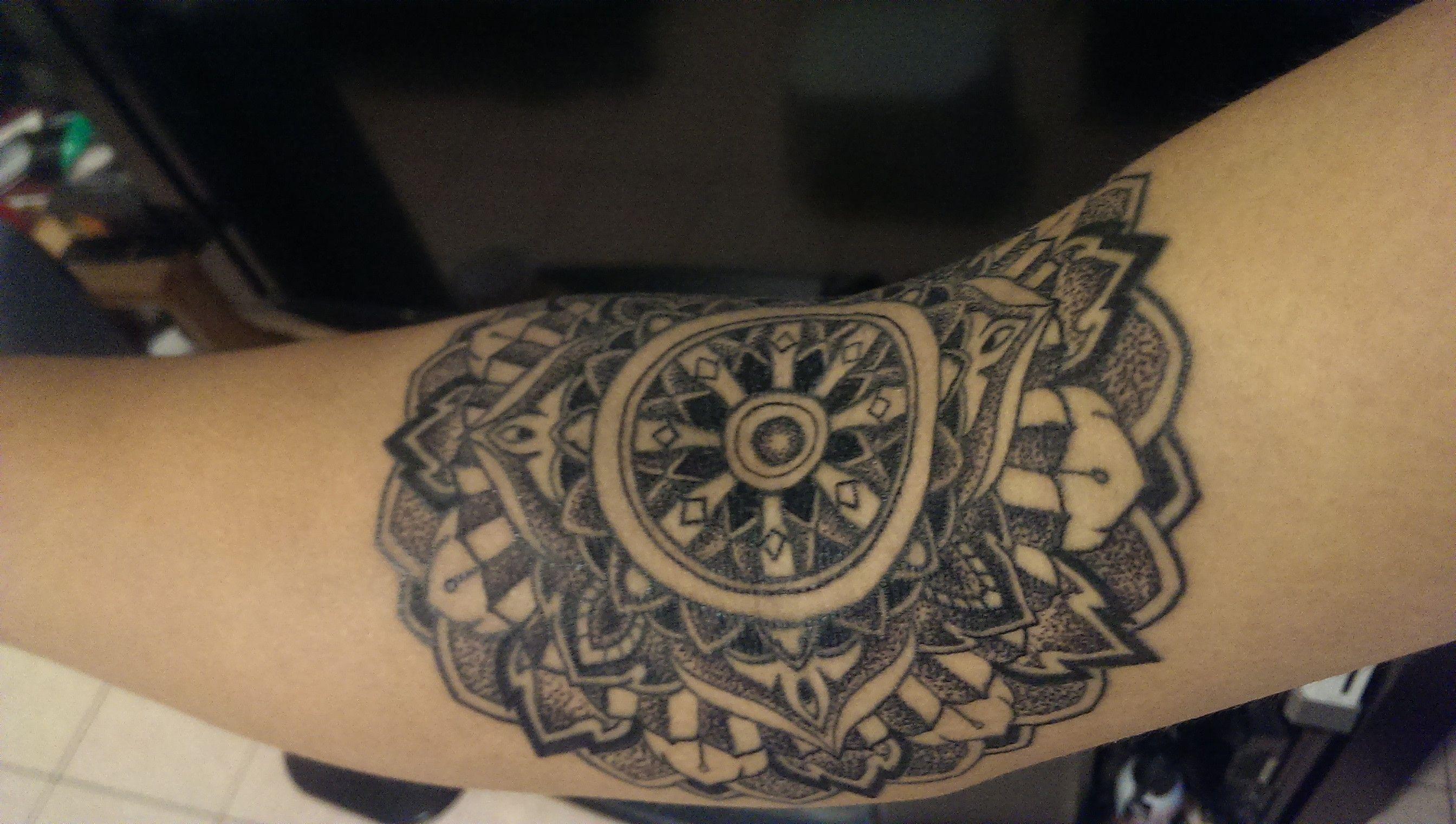 40 Dharma Wheel Tattoo Designs For Men – Dharmachakra Ink Ideas 40 Dharma Wheel Tattoo Designs For Men – Dharmachakra Ink Ideas new picture