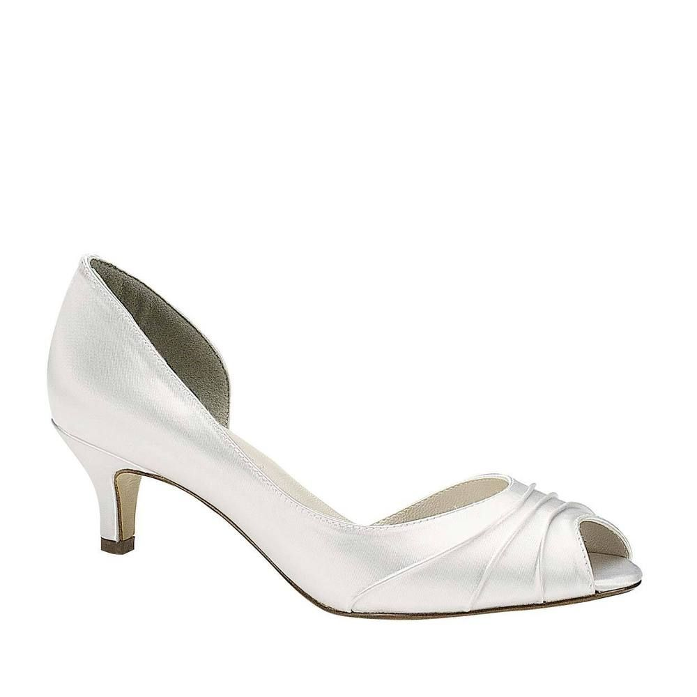 Wedding Shoes Size 8 Wide In 2020 Bridal Shoes Low Heel Wedding Shoes Heels Fun Wedding Shoes