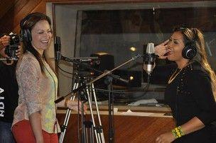 Gaby Amarantos faz dueto com Solange, do 'Aviões do Forró'.  Dupla vai cantar forró eletrônico 'Pimenta com Sal'.