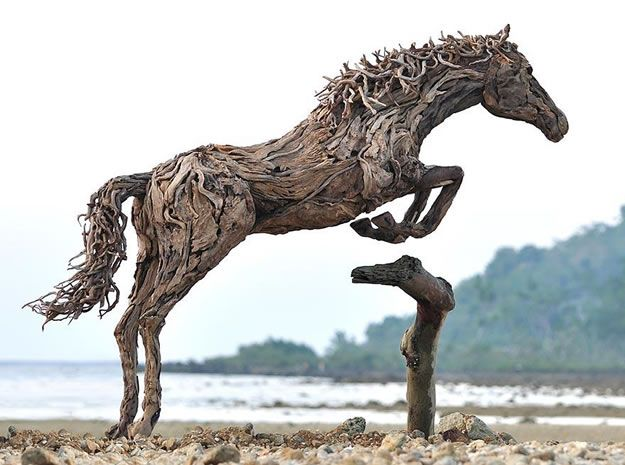 Artist Makes Amazing Horse Sculptures Art From Driftwood - Daily Doozy (shared via SlingPic)