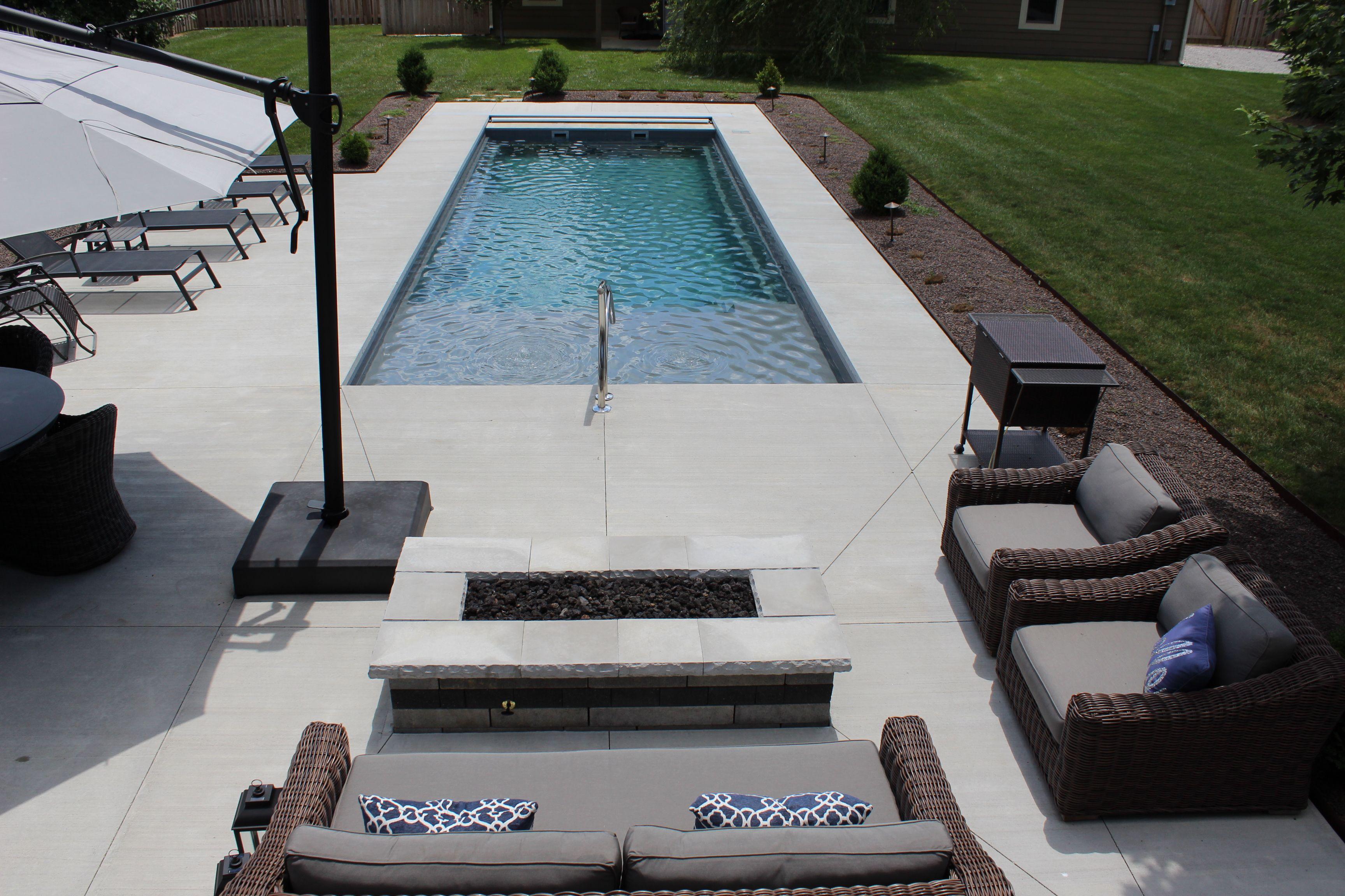 Enjoy Life At Its Best With The Imagine Pools Freedom With Splash Pad Fiberglass Swimming Pool L Fiberglass Swimming Pools Swimming Pools Fiberglass Pools