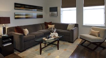 Features 610 American Bungalow Sectional By Vanguard Furniture.
