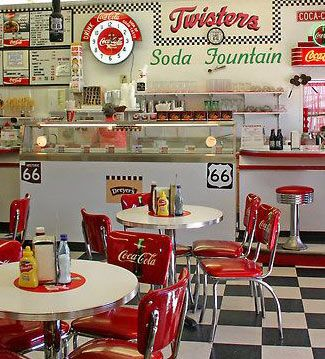 Cocina retro ventas en westwing soda fountain durante - Cocinas anos 50 ...