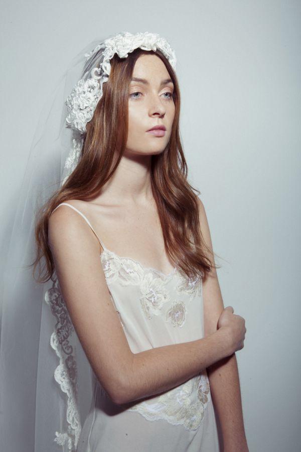 Cómo ponerse el velo @Vogue Spain