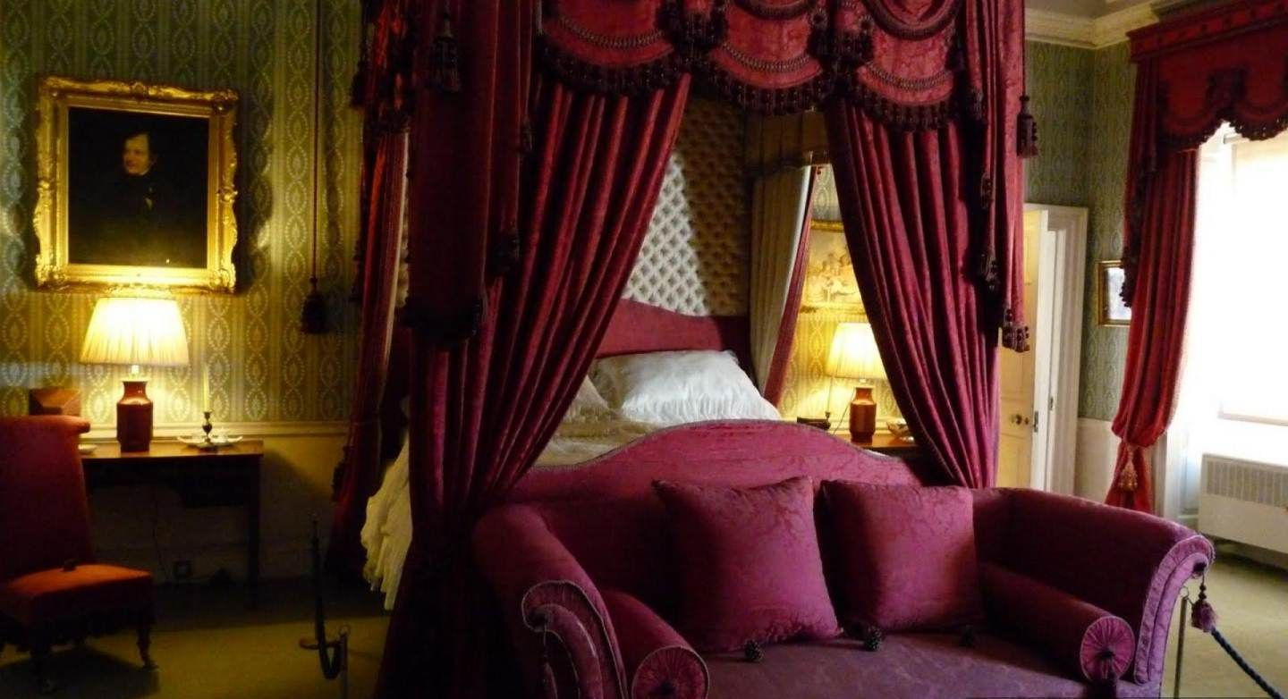 victorian bedroom with dark maroon idea and royal canopy bed - Maroon Canopy Design