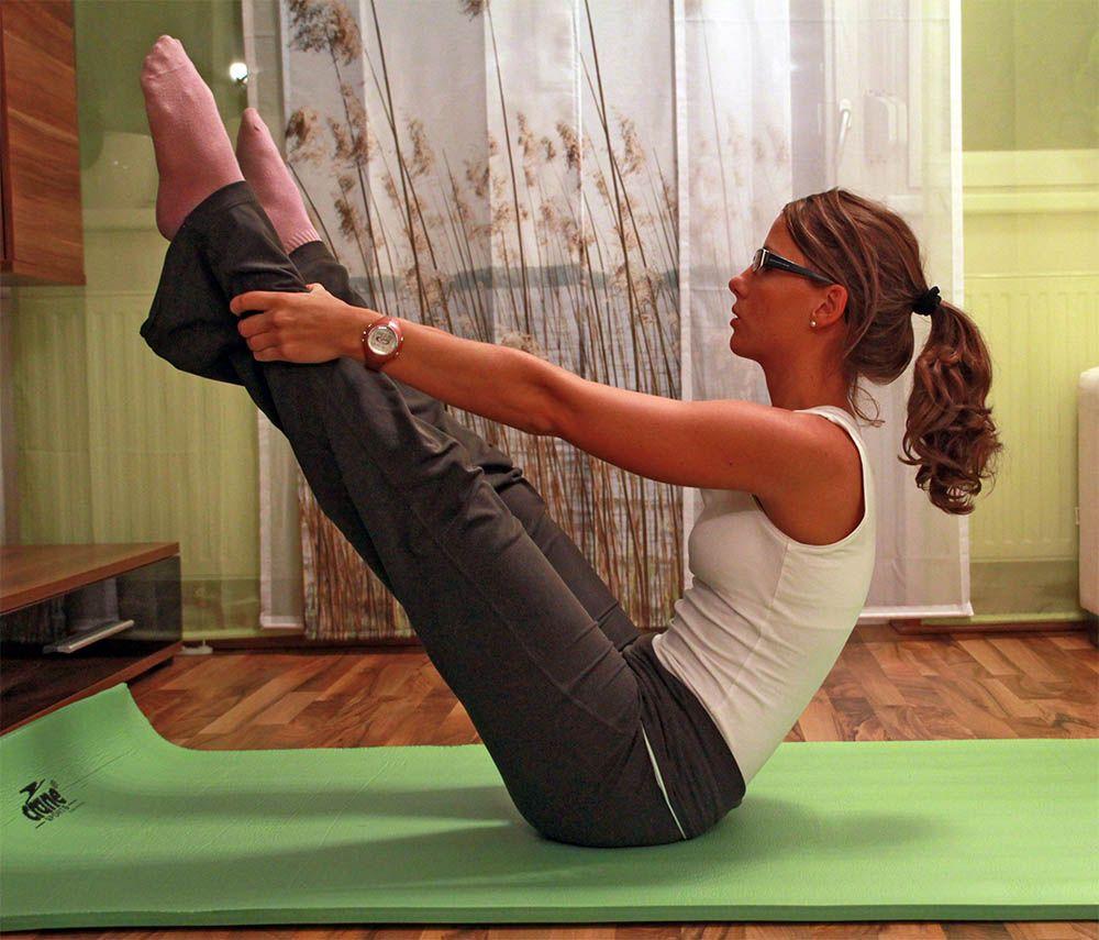 Pilates Stundenbild Anfanger Https Www 4yourfitness Com Pilates Ruckenmuskulatur Beckenboden