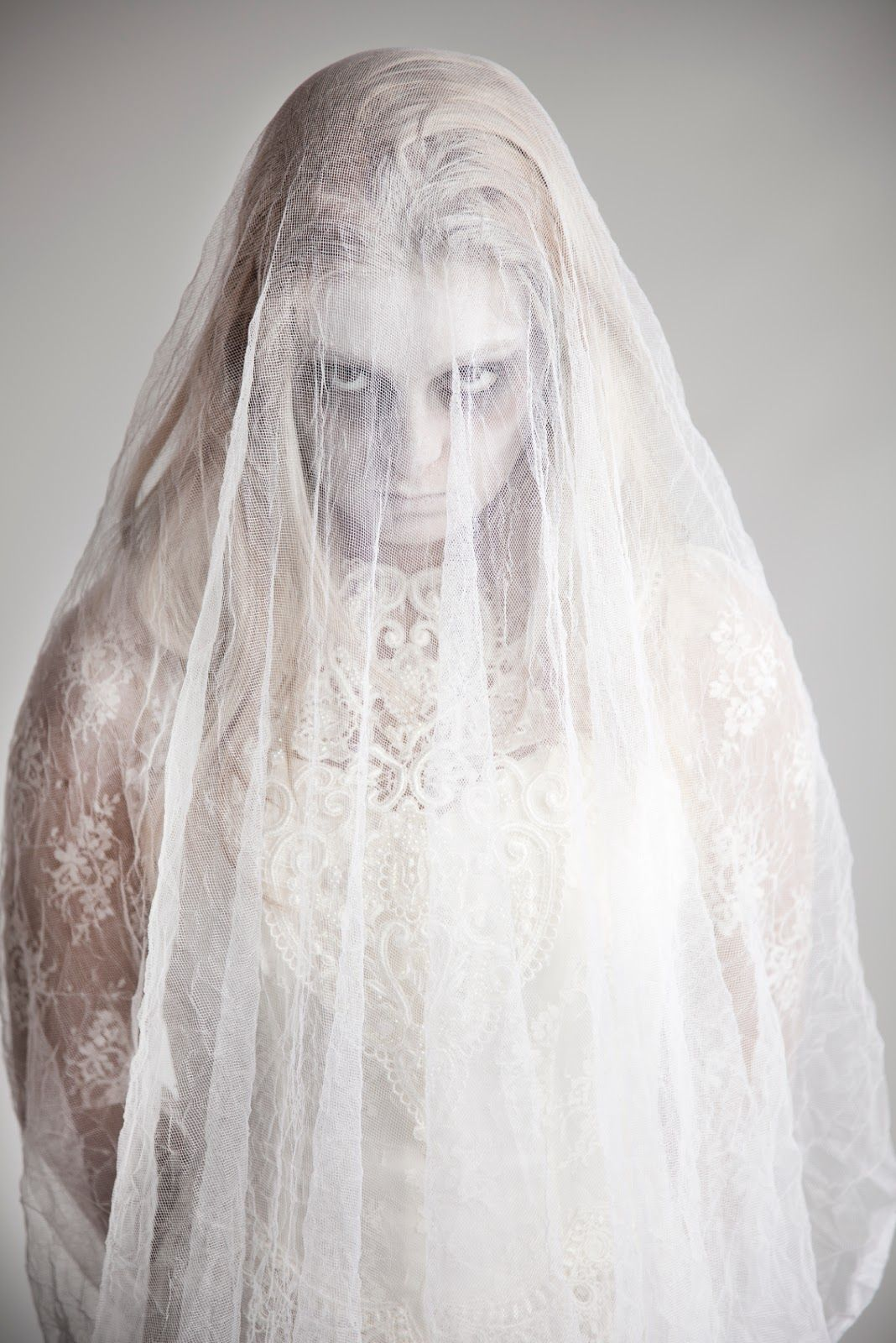 how to make a ghost bride costume