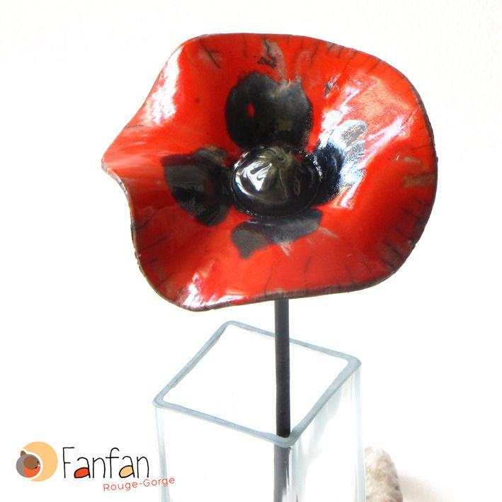 coquelicot rouge fleur de coquelicot rouge maill e en c ramique raku accessoires de maison. Black Bedroom Furniture Sets. Home Design Ideas