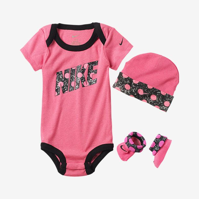 nike polka dots threepiece newborn girls set nike store