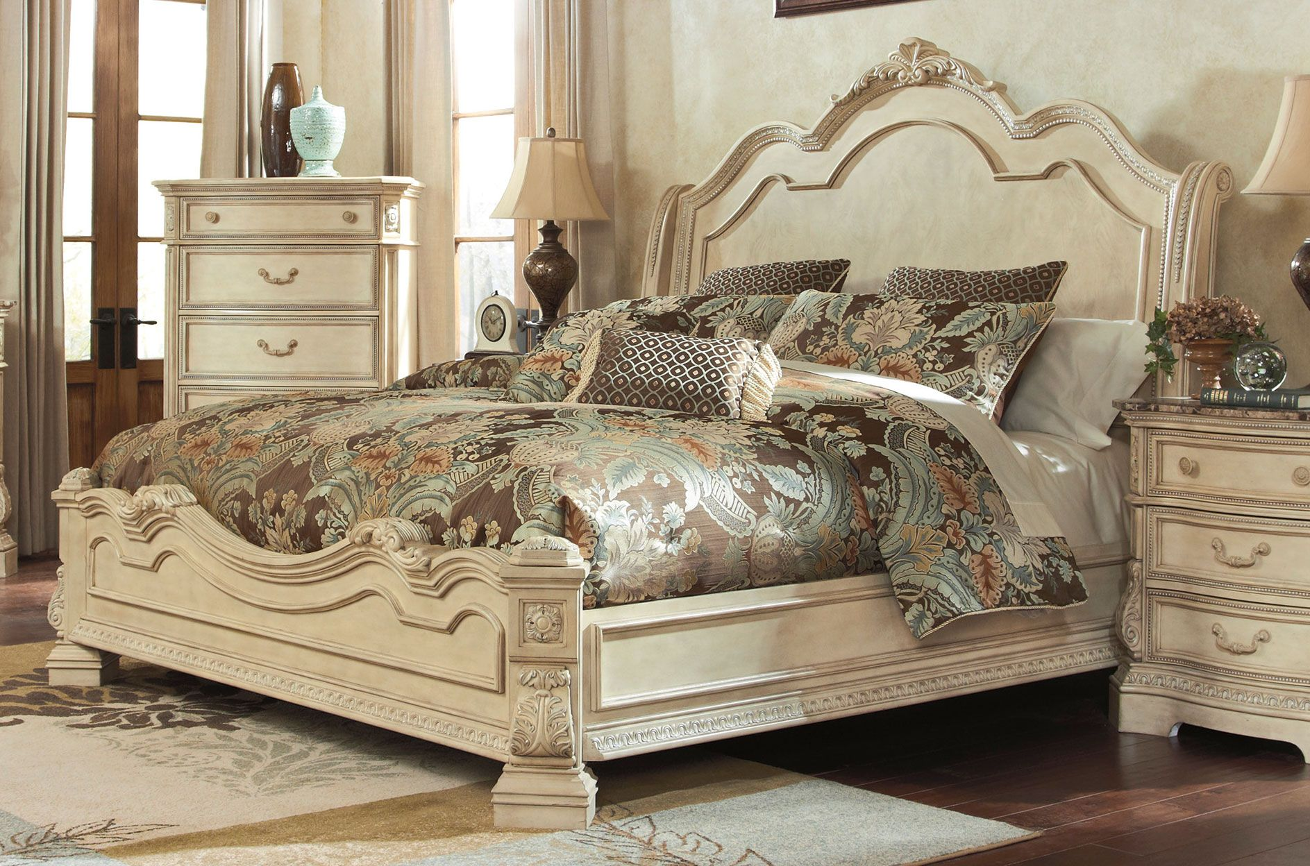 Ortanique King Sleigh Bed By Millennium C 243 H 236 Nh ảnh