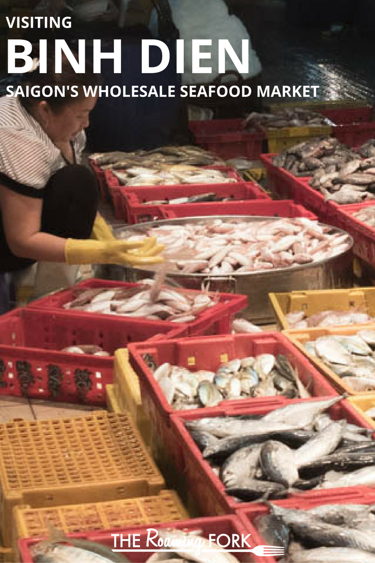 Come See How Amazing The Binh Dien Market On The Outskirts Of Saigon Vietnam Is Seafood Market Asian Street Food Food Experiences