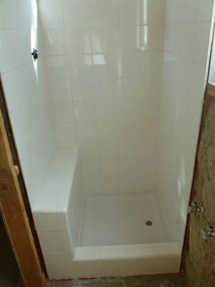 Tiny Shower 24 X30 With Tiled Bench 24x24 Pan