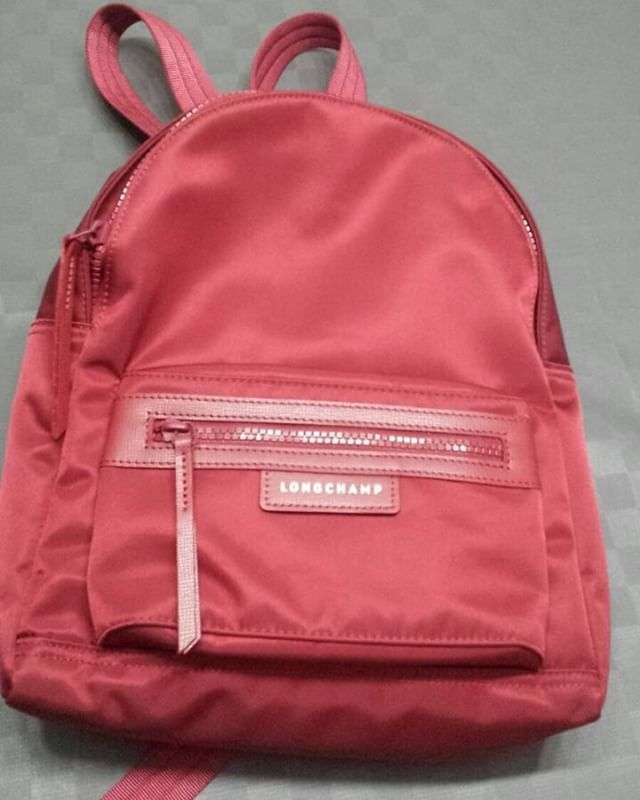 WEBSTA @ monamie09 - READY Longchamp Backpack smallPrice Rp 3.000.000Grab it fast !!! .#longchamp #Longchampplanetes #longchampcuir #juallongchamp #lyn #authenticbags #bag  #handbags #tascewek #taswanita #tasimport #longchampindonesia #longchamp3d #longchamppatchwork #longchampvictoire #madeinfrance #bagoftheday #longchampjakarta #longchampmaryk #model #whatsinmybag #model #longchampheritage #longchampbackpack